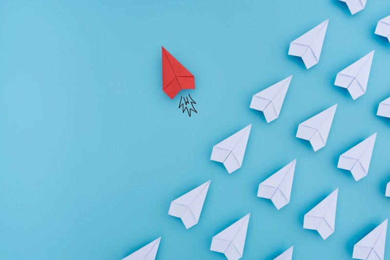 Gruppe von Papier-Fliegern